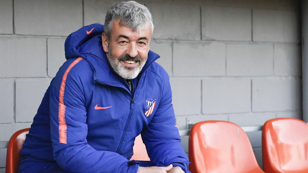 El técnico Óscar Fernández en su etapa en el Atlético de Madrid. Rafa Aparicio - AS