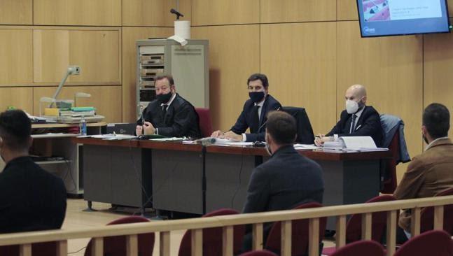Eddy Silvestre declarando ante el tribunal. Mundo Deportivo (Luis M. Unciti - Luis M. Unciti